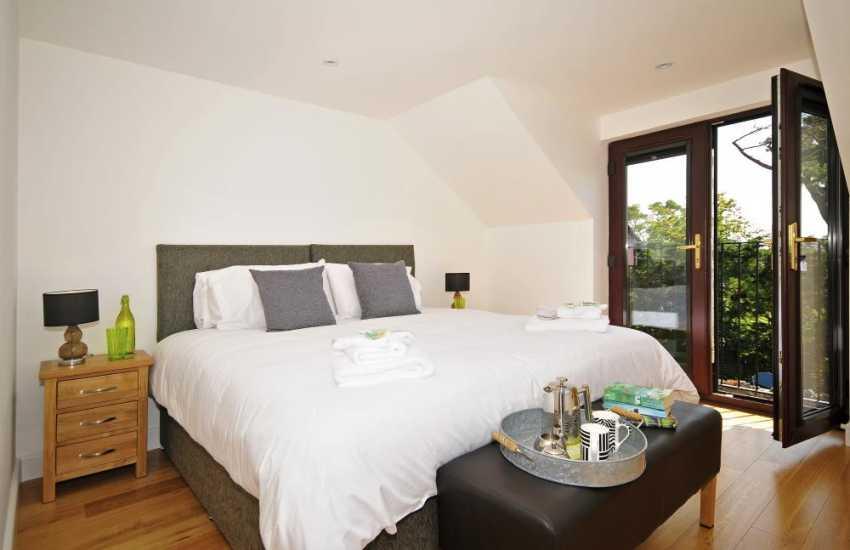 Aberffraw holiday cottage - bedroom