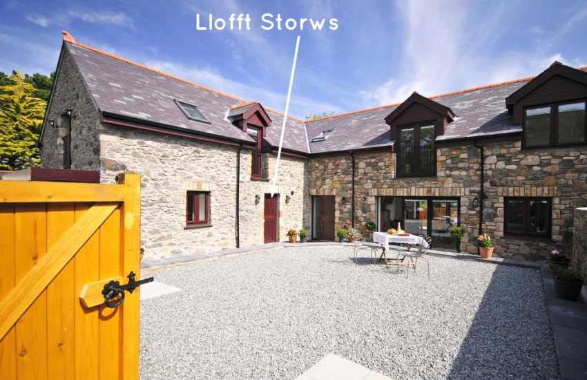Luxury cottage Anglesey - exterior