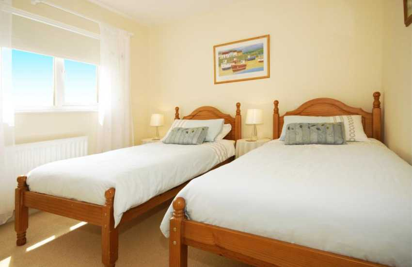 Holiday home in Newport, Pembrokeshire sleeps 8 - ground twin