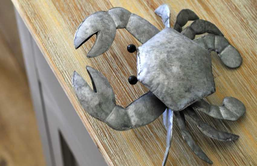 North Wales coastal Cottage - crab