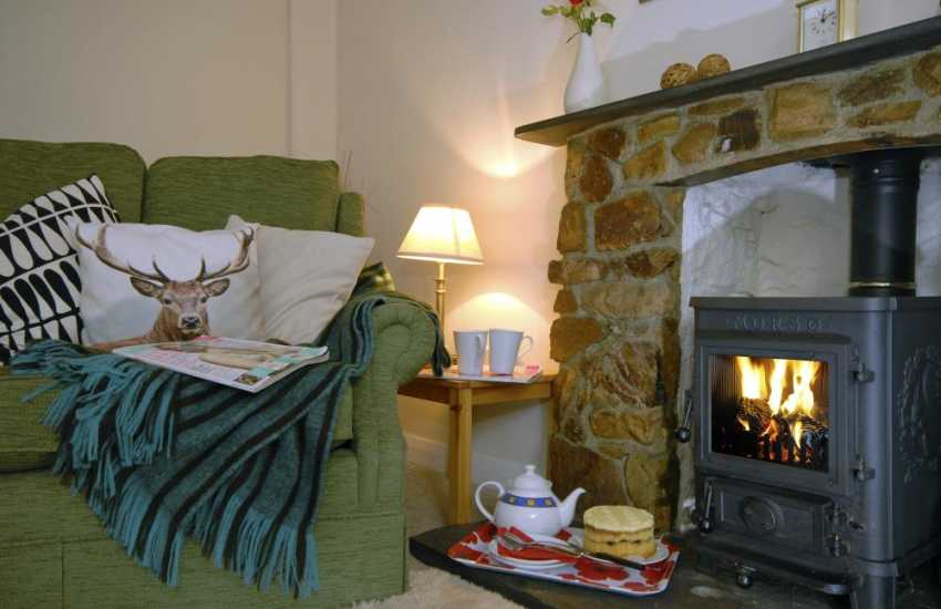 Cosy Pembrokeshire holiday home with wood burner