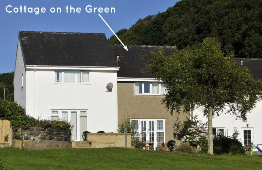 Borth y Gest holiday cottage