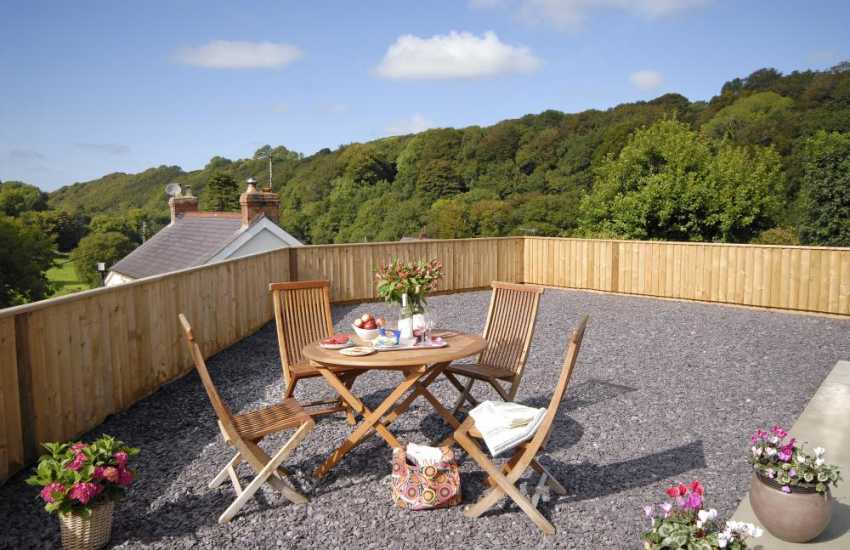 Llanachayer holiday home over looking the Gwaun Valley - private slated gardens