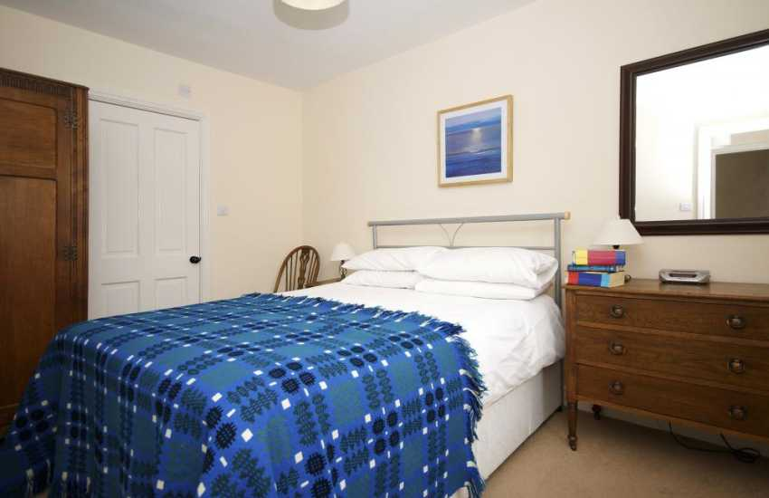5 bed Criccieth holiday house - bedroom