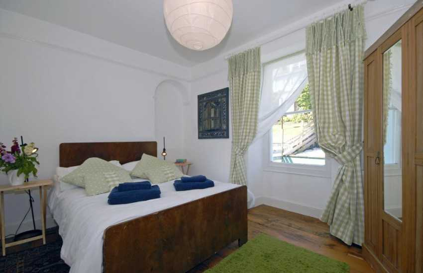 New Quay holiday house on Cardigan Bay - double with garden views