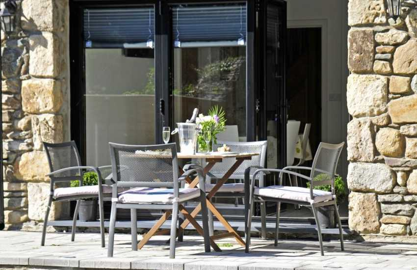 Anglesey Holiday cottage - patio
