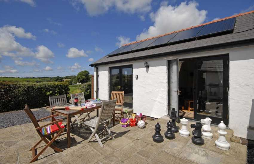 Pembrokeshire holiday cottage with  patio, giant Chess game and barbecue