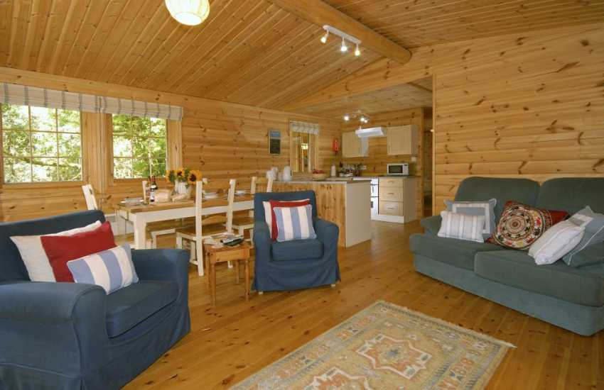 North Pembrokeshire holiday home - open plan living/dining/kitchen area