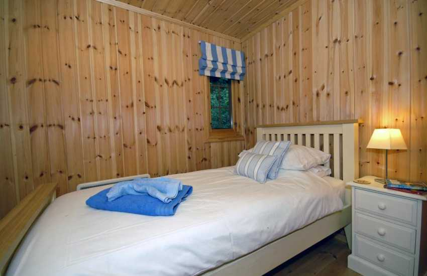 North Pembrokeshire holiday chalet sleeping 4 - single