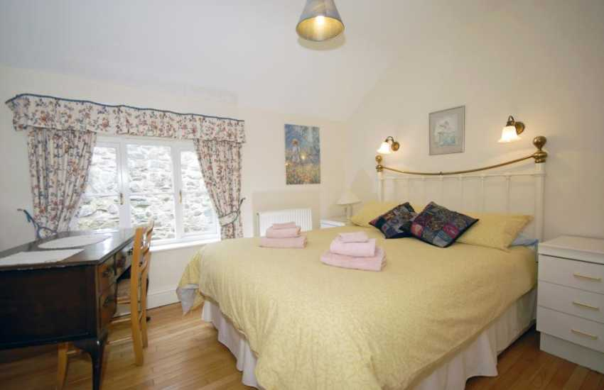 St Davids cathedral holiday cottage - double