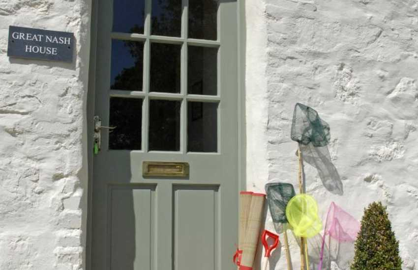 Pembrokeshire holiday cottage sleeps 10