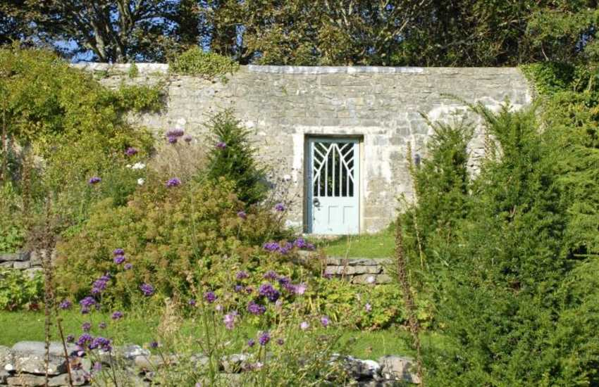 Glamorgan Heritage Coast holiday home on the Dunraven Estate - walled gardens