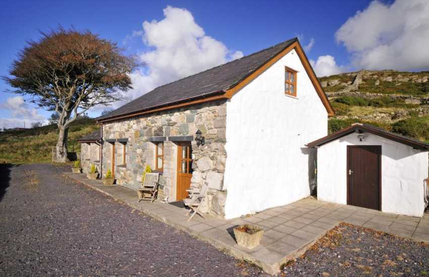 Holiday cottage near Highland Railway - ext