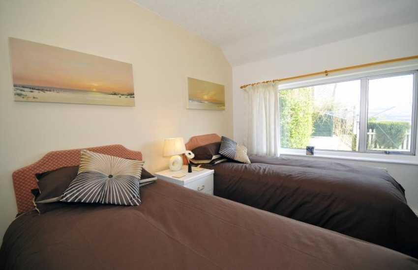 Twin bedroom at Fron Cottage