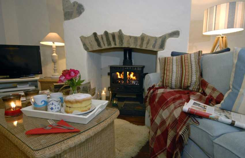 Bosherston holiday cottage - warm and cosy by the wood burner