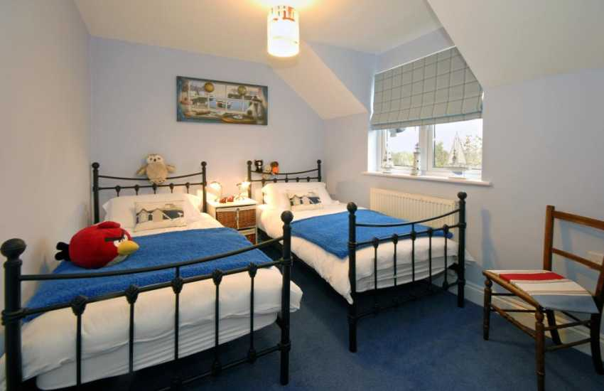 Holiday home Bosherston sleeps 6 -  twin