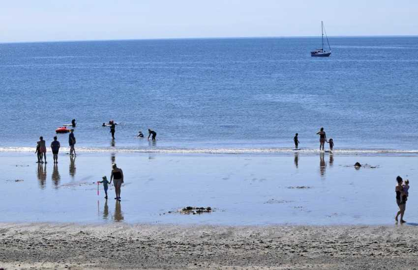 Rhosneigr seaside town, great for watersports and family fun