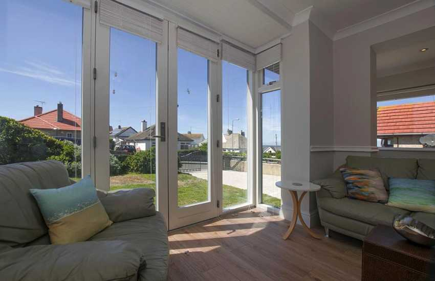 Aberffraw beach cottage holiday