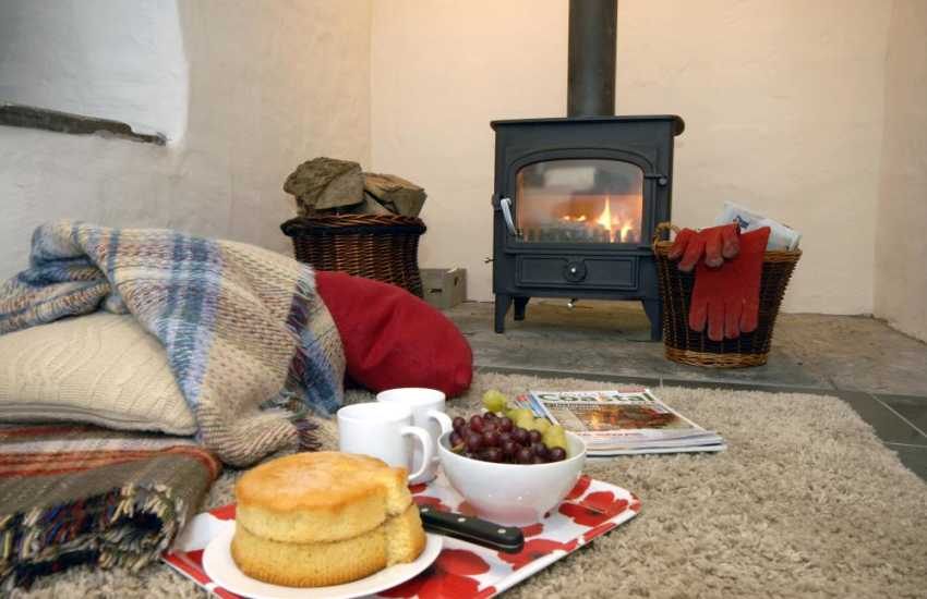 Y Bwthyn - relax and cosy up by the wood burning stove