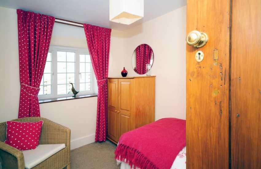 Holiday cottage Llanerfyl - single bedroom