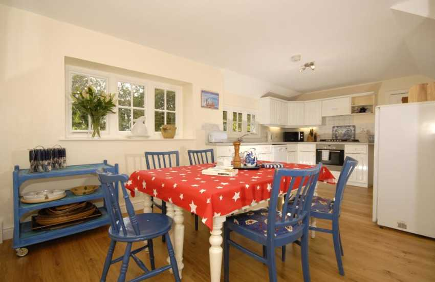 Self-catering holiday home in rural Carmarthenshire - kitchen