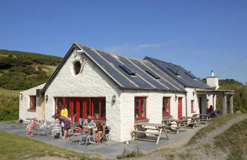 The Old Sailors Inn - visit this 500 year old inn overlooking the beach serving real ales and good food. Sea food and shell fish are a speciality