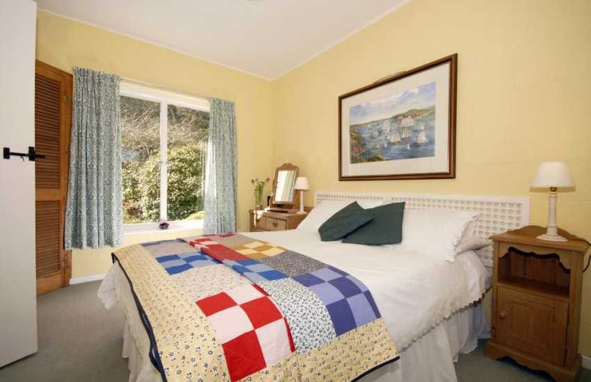 Coastal holiday home in Dale - master bedroom