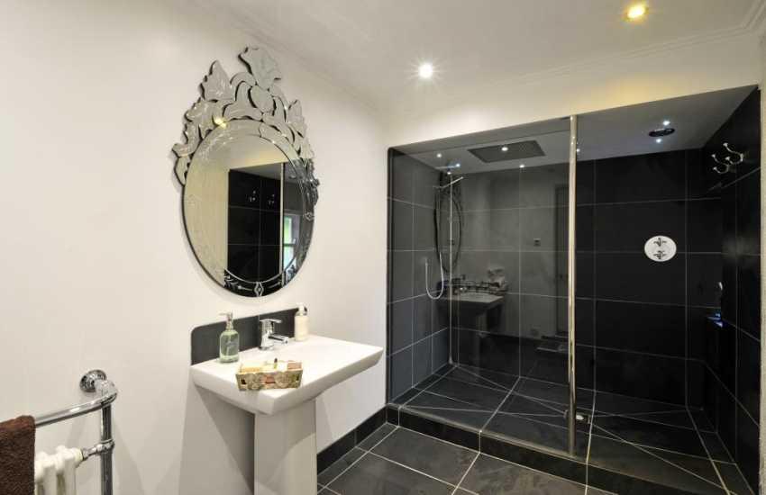 Bangor Victorian Manor house-shower room
