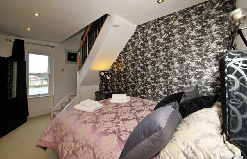 Menai Strait holiday house-bedroom