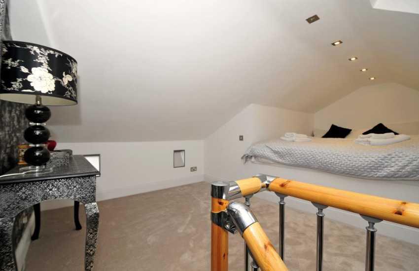 Snowdonia holiday home-bedroom