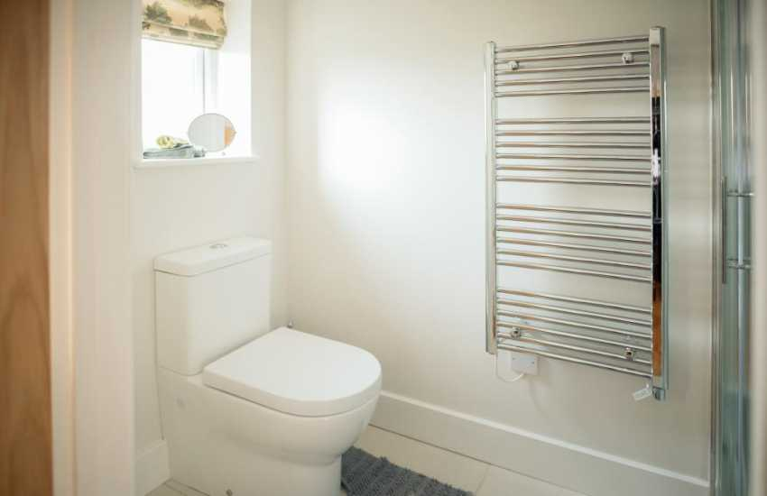 Pet friendly cottage holiday-cloakroom