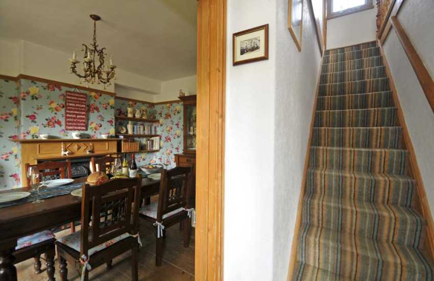 Holiday cottage with hot tub - hall