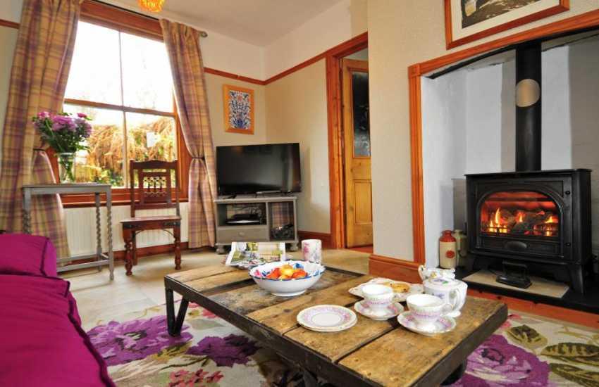 Luxury Welsh holiday cottage with hot tub - lounge