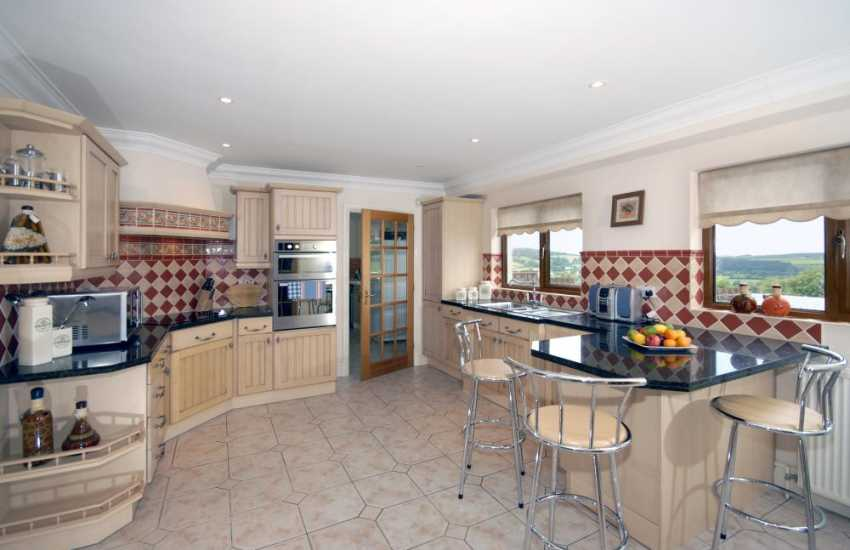 Self-catering house near Cenarth - luxury, modern fitted kitchen