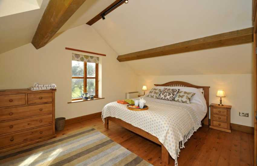 Rhayader holiday cottage - bedroom