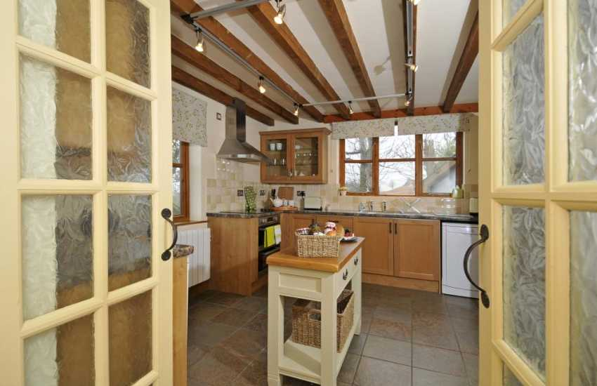 Holiday cottage Elan Valley - kitchen