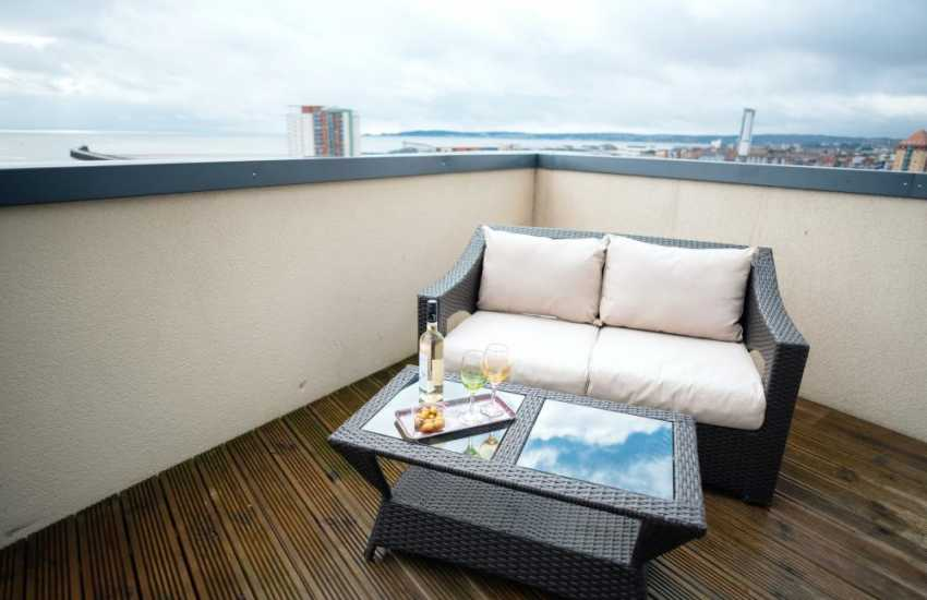 Luxury penthouse apartment for holidays-terrace