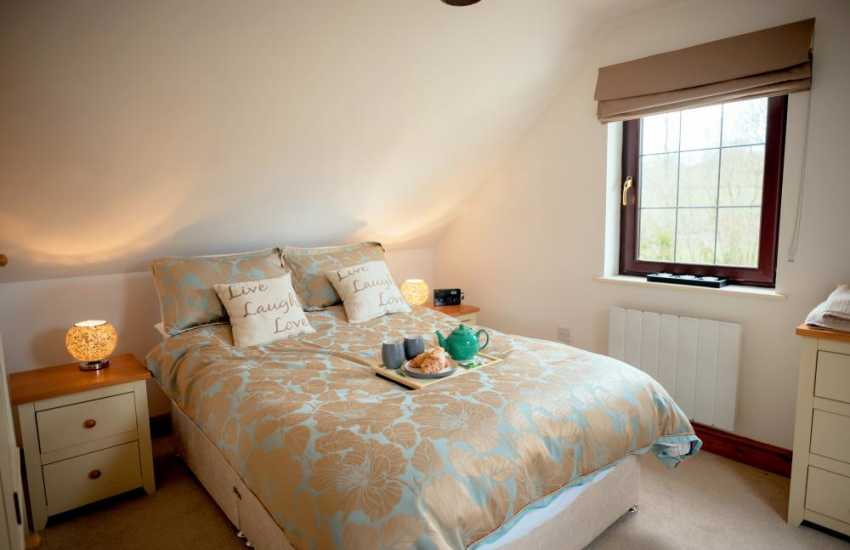 Holiday cottage close by Carreg Cennen Castle sleeps 4 - bedroom