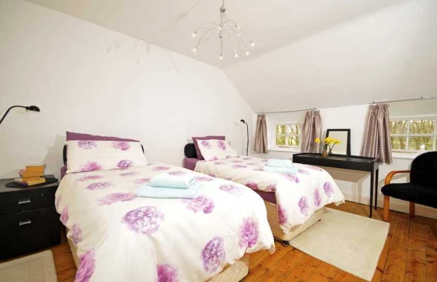 Cottage in Wales pet friendly - bedroom