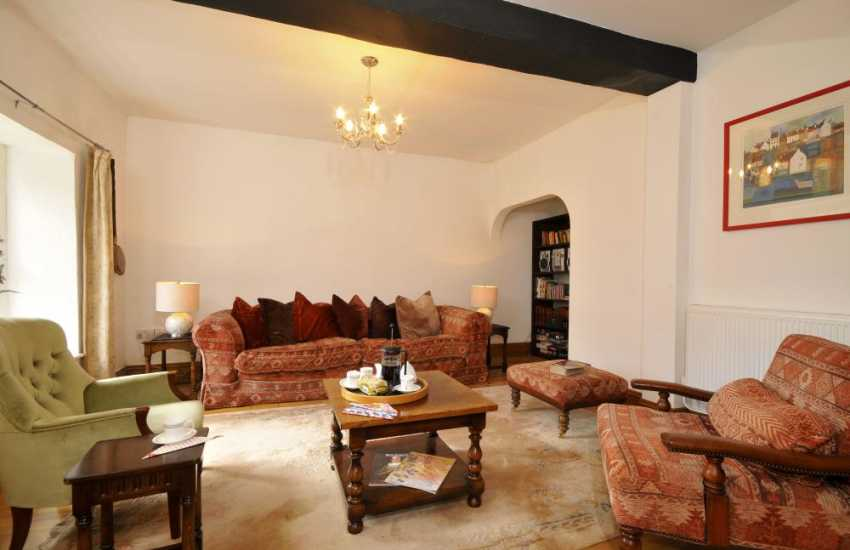 Pet friendly Carmarthenshire cottage - lounge