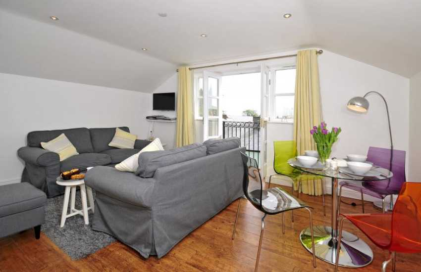 Beaumaris holiday cottage - lounge