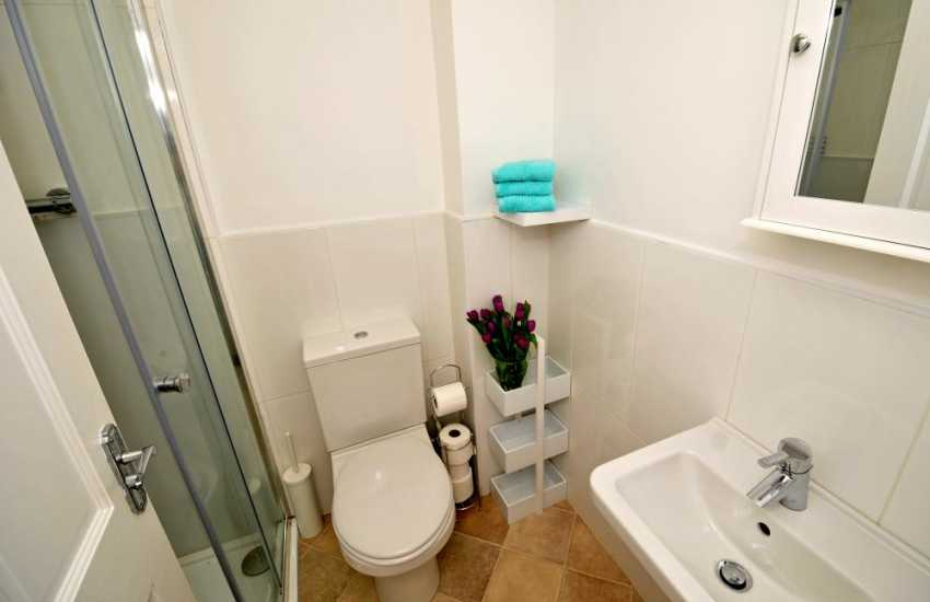 Beaumaris holiday cottage - bathroom