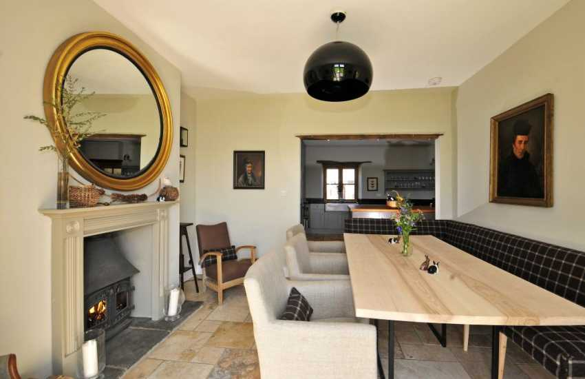 Luxury Welsh holiday house - dining room