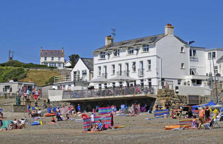 Ty Newydd on the seafront Aberdaron