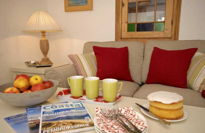 St Davids stylish holiday cottage with cosy sitting room