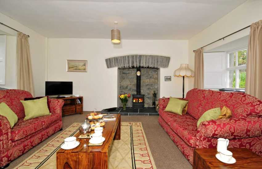 Pet friendly seaside cottage Wales - lounge