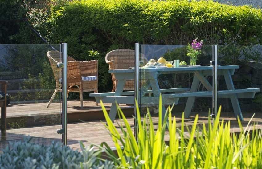 Harlech holiday cottage  - garden