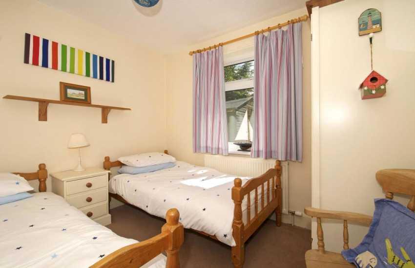 Harlech holiday cottage - bedroom