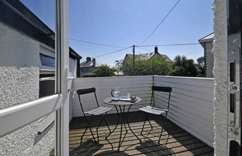 Pet friendly Llyn Peninsula holiday cottage - balcony