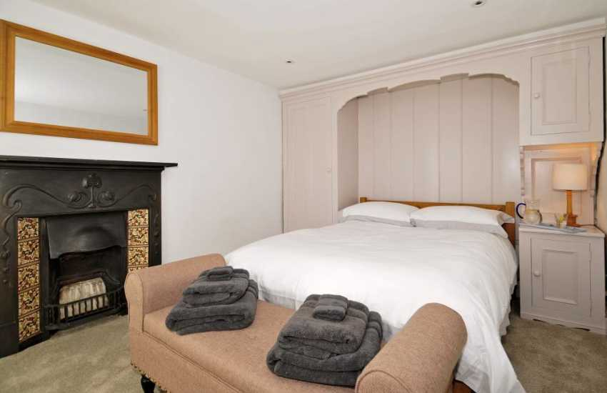 Morfa Nefyn luxury holiday cottage with wifi - bedroom